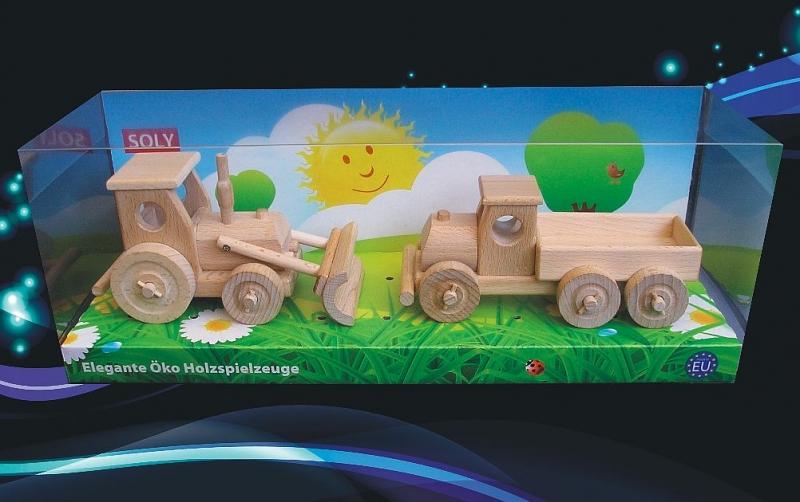 Drevené hračky, traktor s radlicou a nákladné auto