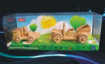 Drevené hračky, závodné autko + veterán auto