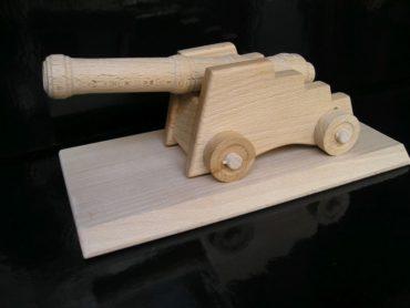 Pevnostný kanón delo na podstavci | drevené hračky | darčeky
