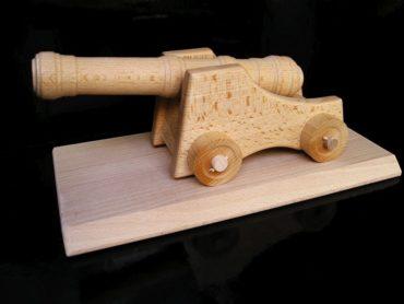 Vojenské poľné delo, kanón | drevené hračky | darčeky pre vodičov