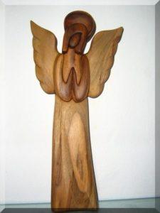 Soška, anjel so svätožiarou II. v. 25 cm | drevený anjel strážny