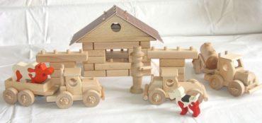 Benzinka, čerpacie stanice - didaktická drevená hračka stavebnica