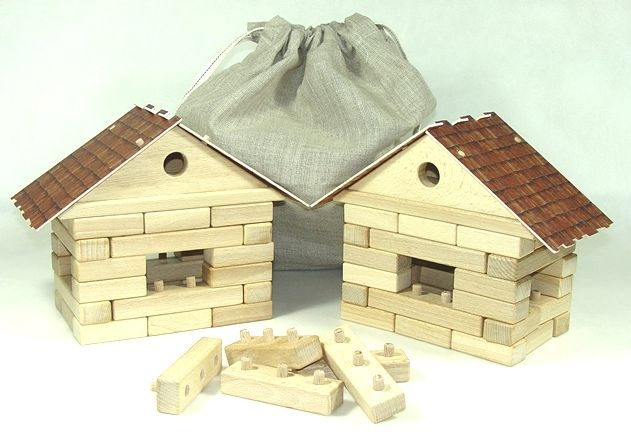 Kocky. Stavebnica 2 domčeky | drevená hračka