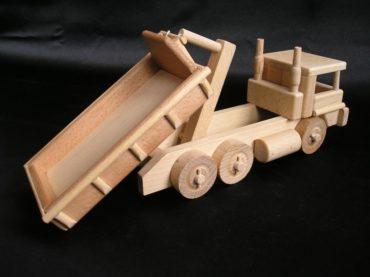 Drevené nákladné auto s kontejnerom | drevené hračky