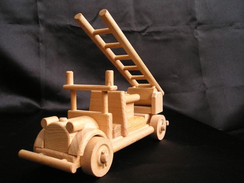 Hasičské vozidlo | požiarny automobil, voz | drevené hračkyracky
