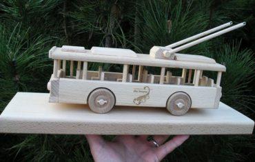 Trolejbus drevené hračky, drevené darčeky
