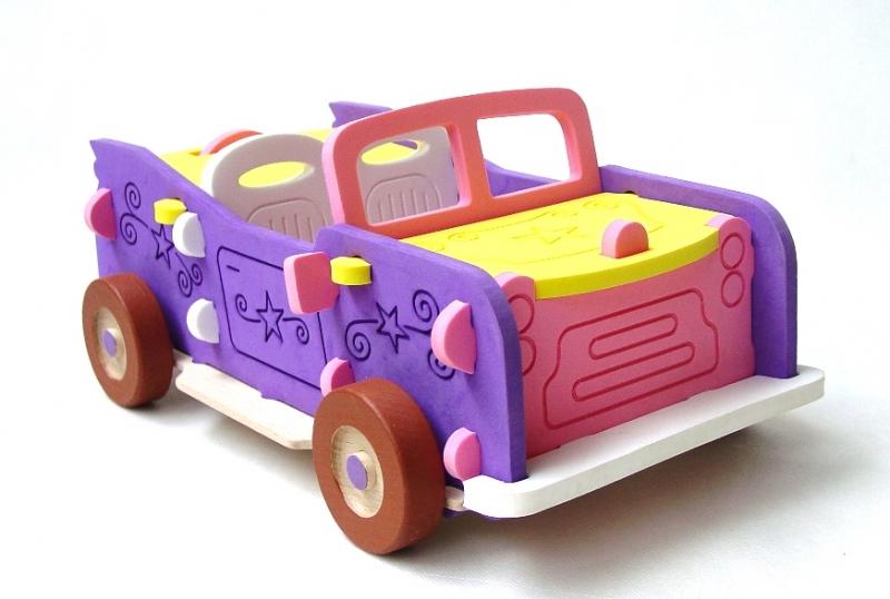 Obrovský kabriolet ako 3D auto puzzle pre dievčatá