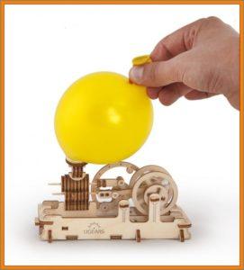 Motor, funkčné stavebnice z dreva, drevené hračky