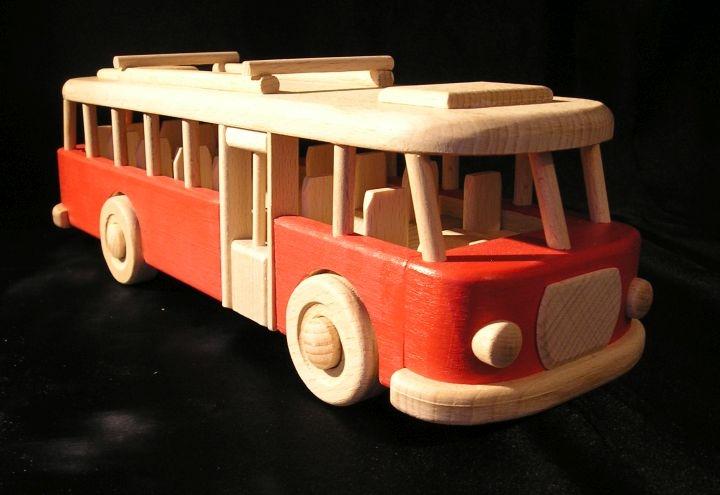 Autobusy drevené hračky a darčeky pre děti