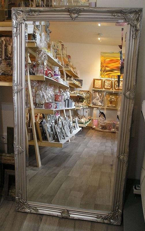 Zrkadlo na stenu, strieborný drevené rámy