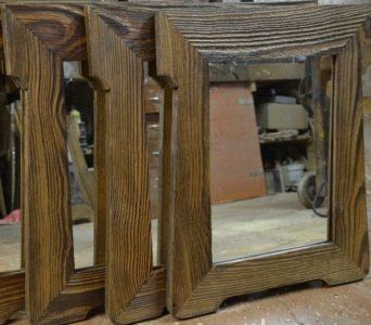 Chalupárske drevené zrkadla v retro drevenom ráme