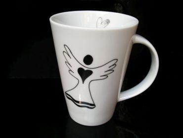 Český porcelánový hrnček 0,4 l s anjelom na čáj, kávu