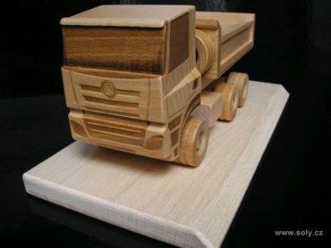 Tatra drevený nákladné vozidlo s logom, darček, model