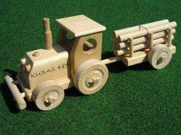 traktor   drevené darčeky pre vodičov trakory, drevená hračka