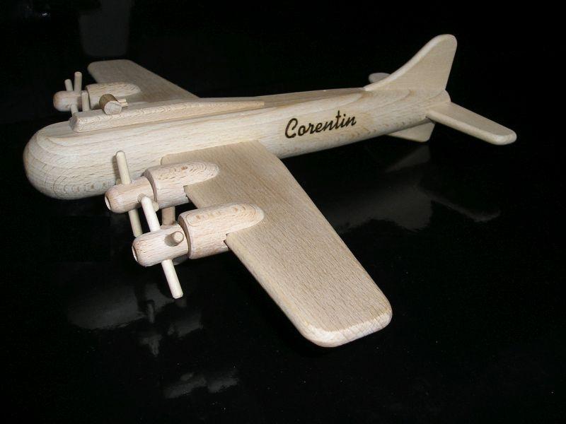 Vojenské lietadlo hračka | drevené darčeky a hračky