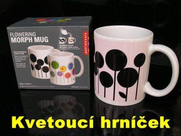 Samozafarbovacie hrnčeky na čaj či káv s tepelným motívom kvetina