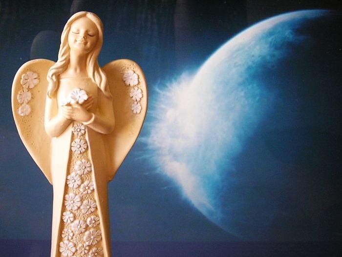 Strážny anjel | sošky soška figúrka darčeky