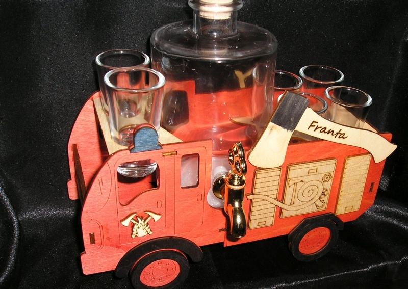 Darček fľaša, sklo na alkohol hasič, požiarnik, pre hasiča