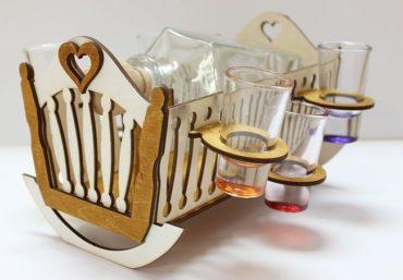 Darčeková fľaša na alkohol, sklo, KOLÍSKA