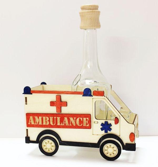 Fľaše sklo na alkohol, sanitka, záchranka, auto, vozidlo