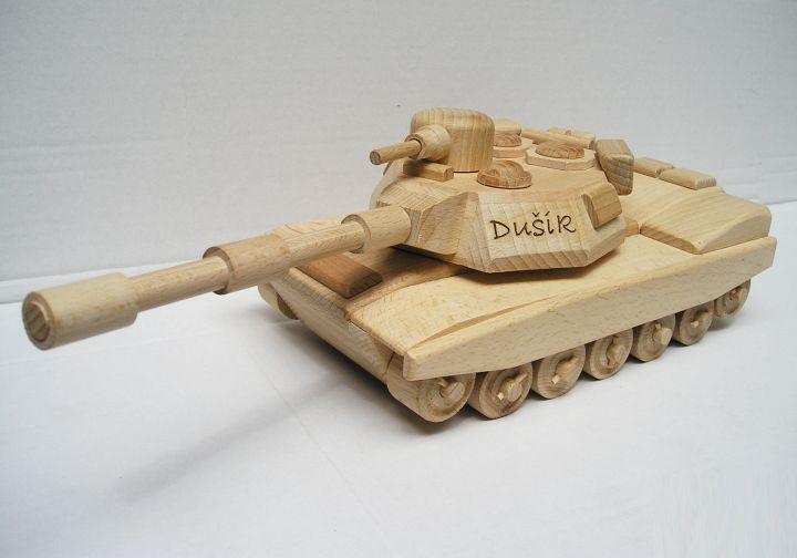 Hračky pre chlapcov vojenský tank | drevené darčeky a hračkyA