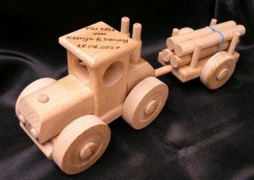 Lesný traktor | drevená hračka | drevené darčeky dárky pre vodičov