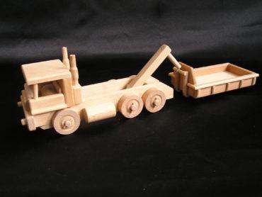 Drevené nákladné auto s kontajnerom   drevené hračky