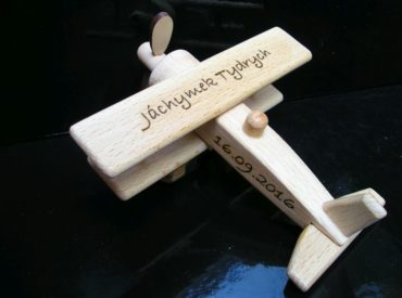 Malé lietadlo, drevené letadlo