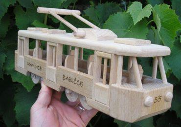 Moderné električka | drevené firemné darčeky | drevená hračka | model