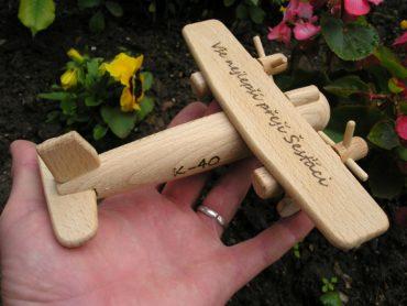 Detské drevené lietadlo | drevené hračky letadla