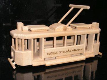 električky | drevené darčeky pre vodičov, tramvaj drevená hračka