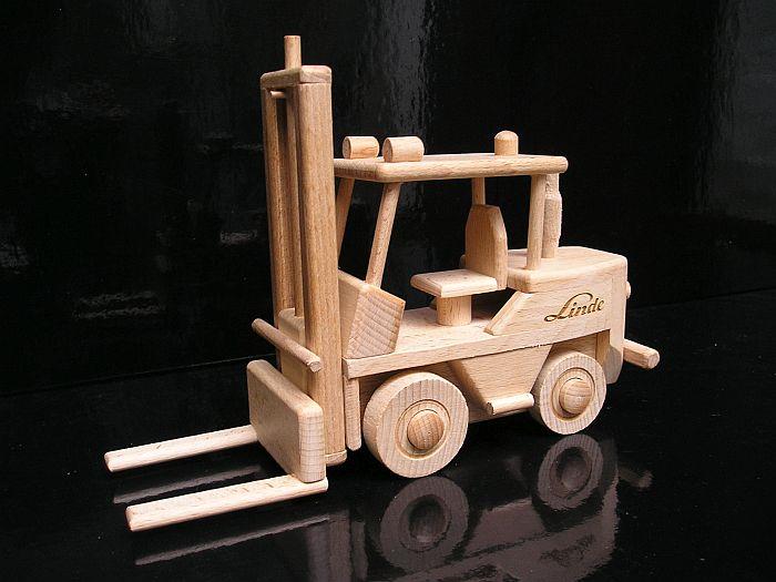 Vysokozdvižné vozíky jašterice | drevené darčeky a hračkyA