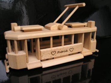 električka | drevené darčeky pre vodičov, drevená hračka