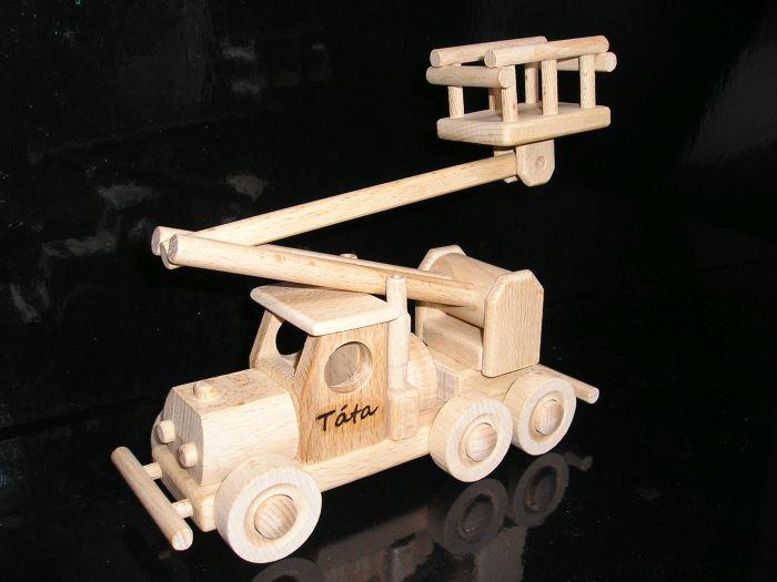 Drevené hračky, autoplošina a dvojplošník lietadlo, letadlo
