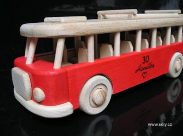 Autobus RTO   drevená hračka, drevený darček, červený