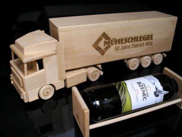 Víno, alkohol truck kamión | drevený darček pre vodiča kamiónu