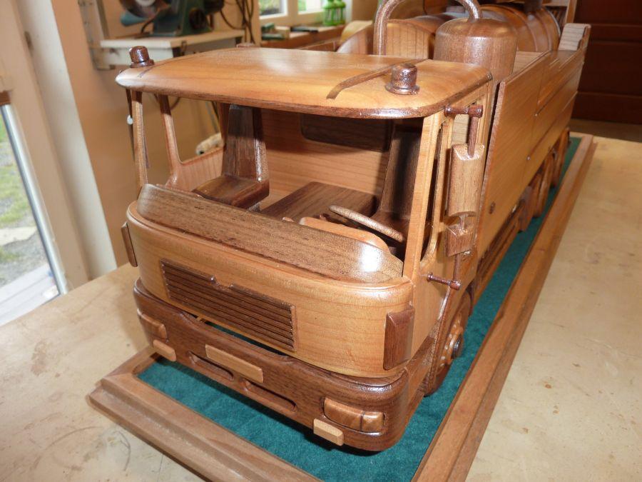 MANN drevené modely vozidiel