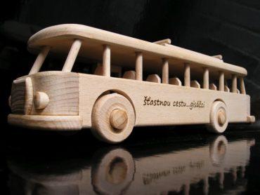 Drevené hračky - autobus RTO