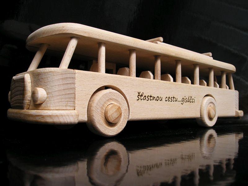 Drevené hračky – autobus RTO