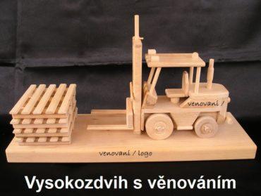 Vysokozdvižné vozíky jašterice   drevené darčeky a hračky