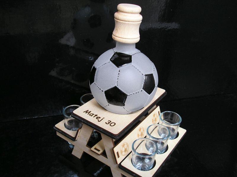 darček pre futbalistu lopta flaša