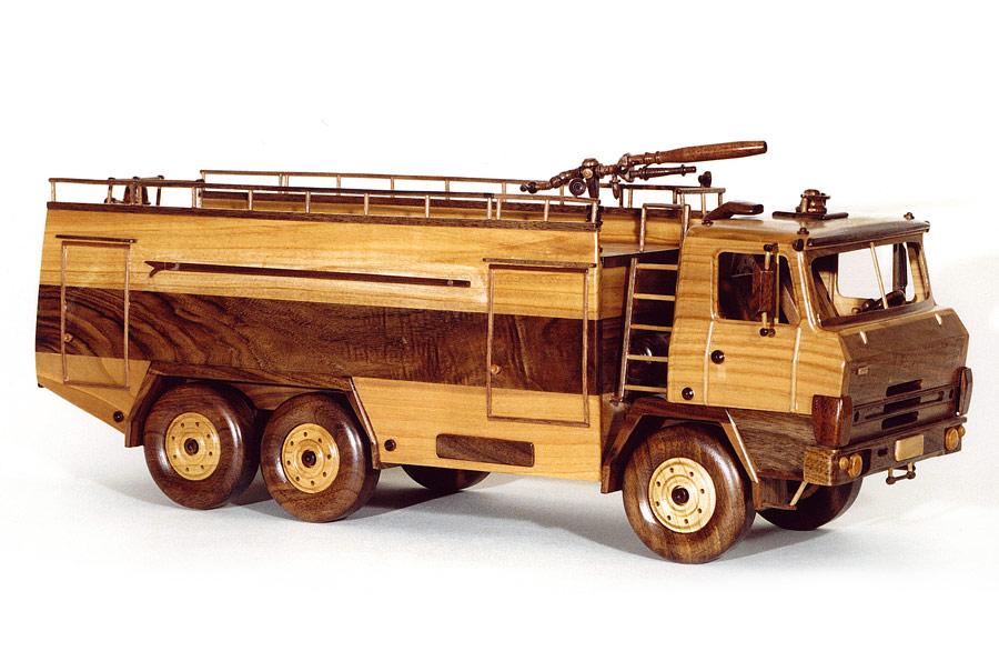 TATRA drevené modely vozidiel