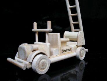 Hasičské vozidlo | požiarny automobil, voz | drevené hračky