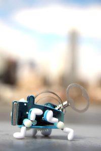PEA mechanické plechové hračky na kľúčik pre děti kikkerland