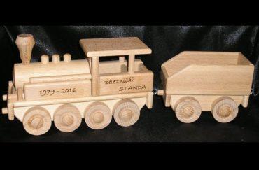 Drevené vláčiky   parná lokomotíva   drevené hračky pre chlapcov