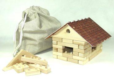 Drevená garáž s autíčkom stavebnica   drevené hračky