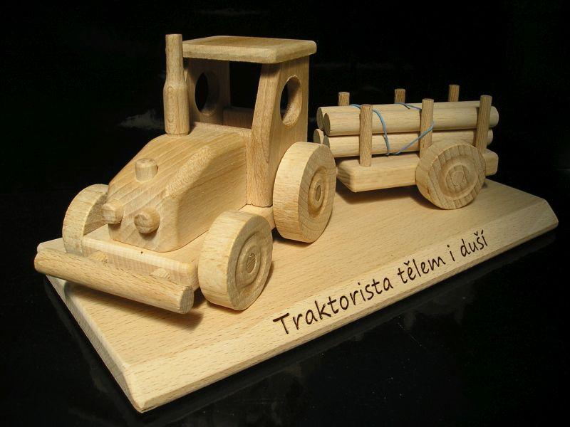 Traktor darček k narodeninám