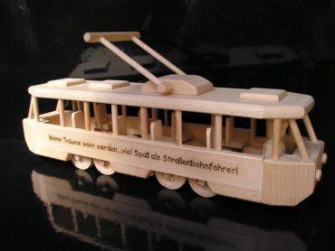 Električka drevené hračky šaliny   drevené darčeky