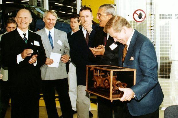 Ford model T prezident Václav Havel drevené modely vozidiel