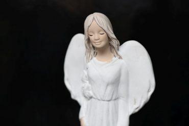Anjelik bílý darček pre babku